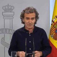 Vídeo | Fernando Simón responde a la petición de dimisión de PP y Vox: «No voy a abandonar el barco».
